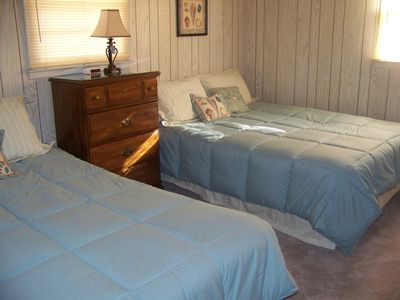 Bedroom---with 2 queen beds, TV and new carpet