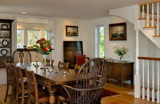 Portsmouth house photo - Dining table that can seat up to ten people
