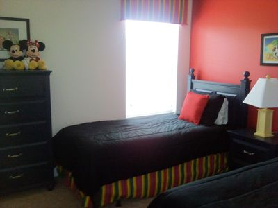 2nd Twin bedroom