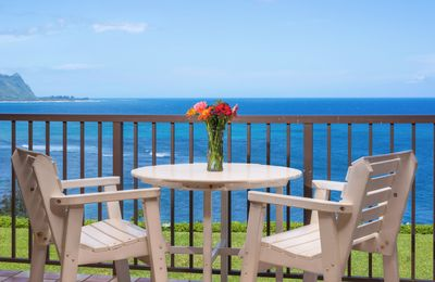 Pali Ke Kua #205 Cliff's Edge, Spectacular Bali Hai View. Two-Story unit!!