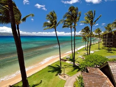 Kaanapali condo rental - Beach along Papakea