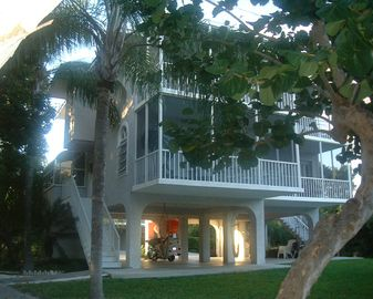 Islamorada townhome rental - Outside view of unit