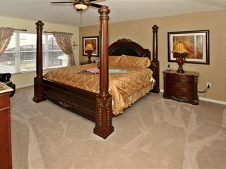 Windsor Hills house photo - King Master Bedroom with 32 inch TV and Egyptian Cotton Sheets