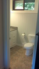 Lincoln townhome photo - Master bathroom with granite counterrtop