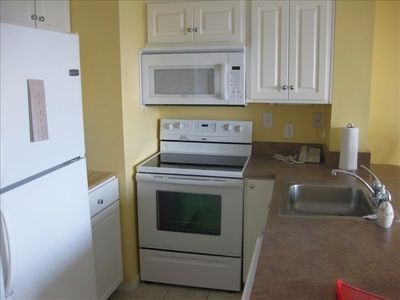 Fort Morgan condo rental - Kitchen
