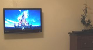 Windsor Hills condo photo - HD high definition tv in the second master bedroom