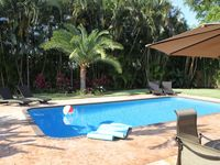 Walk to Beach, Private Heated Saltwater Pool, Modern Ranch Secluded Neighborhood
