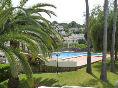 Walking distance into Moraira town & sandy beach.  Air con.  Sleeps 4.