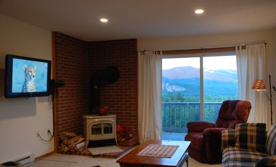 Bartlett condo rental - Living Room Perspective with Mountain View
