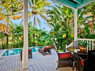 Key West house photo - Dine on the back porch overlooking the largest private pool at the Golf Club!