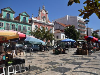 Nearby Caldas da Rainha Market Town