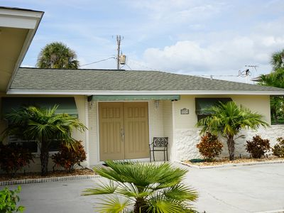 Private home just a few minutes walk to famous Siesta Key Beach.
