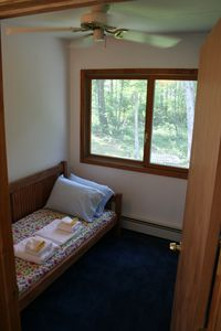 Dingmans Ferry cottage rental - Bedroom 3 With Daybed