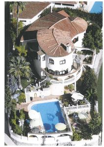 Fuengirola villa rental - Villa Las Chicas- 1100 m2 area and over 50 romantic landscaped seats