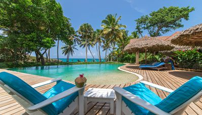 Tropical Beachfront Villa-Fully Staffed - 25% OFF Open Weeks Jan-Apr