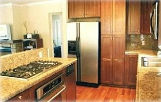 New granite kitchen, new appliances