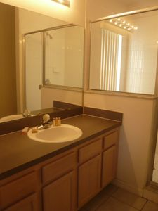 Oak Island house rental - Big bathroom
