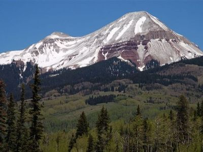 You Are in The Heart of Some of Best Hiking, Biking, Skiing & Scenery in Colo!
