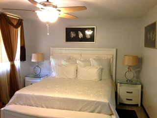 Dorado house photo - Master bedroom with king size bed