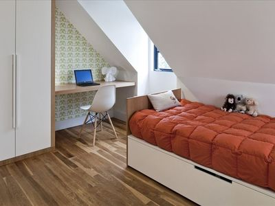 Third Floor Bedroom with Single Bed
