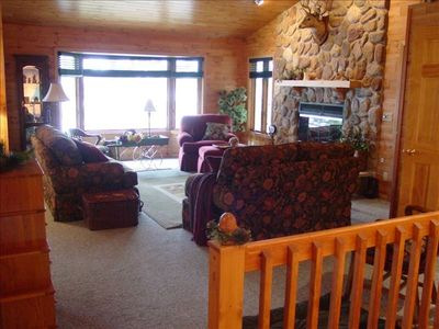 Family Room Over Looking the Lake