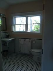 Essex studio photo - Bathroom