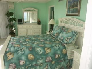 Daytona Beach condo photo - Waterfront Master Bedroom w/ King Bed
