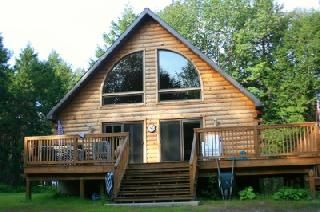Unwind and exhale, this log cabin chalet is for you