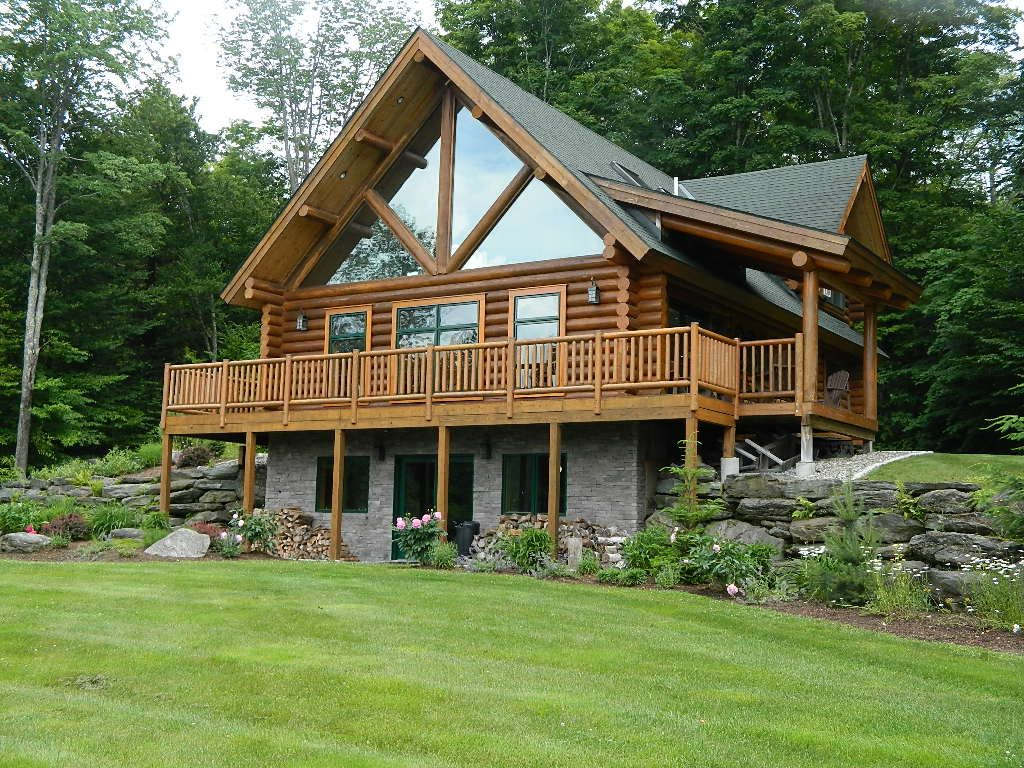 True vermont log cabin mountain views close to village for Vacation log homes