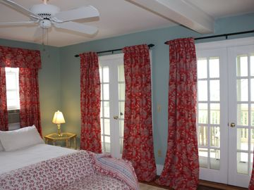 "2nd fl bdrm: french doors w private deck, private/full bath, two twins or ""king"""