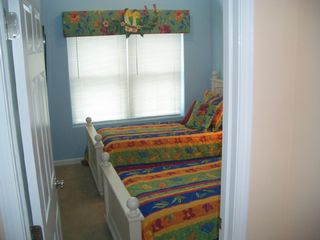 2 Twin Single Beds - Wildwood townhome vacation rental photo