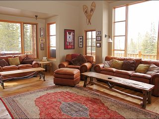 Big Sky townhome photo - Spacious Living Room for all to gather