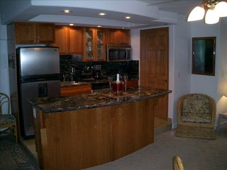 Waikiki condo photo - Full kitchen - imported Italian granite