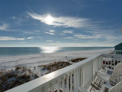Beach Front Townhome with Beautiful Gulf Views! Located Next Door to Captain Dave's Restaurant!
