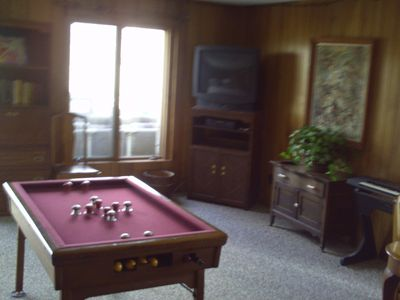 lower family room bumper pool