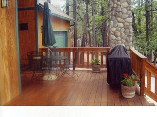Pinetop cabin photo - Enjoy the 38 foot deck