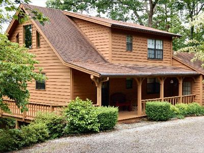 Buser's Lakeside Retreat on Lake Nottely in Blairsville, GA