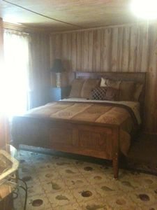 Queen Bed Bedroom, Area holds max 6. Plan 30-45 day lead time: larger Number.