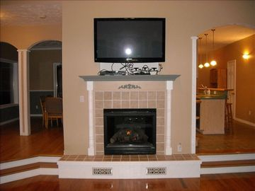 "LR Gas Fireplace, 50"" TV, Dinning Room on left, Large Kitchen on right"