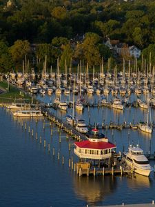 Long Wharf Marina anchored by the beautiful new Choptank River Lighthouse
