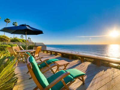 Ocean front deck on the bluff with panoramic views of the beaches of Encinitas!