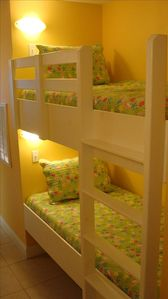Built In Twin Bunk Beds