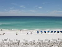 15% off Spring  min 5 nights~ Updated Beachfront 3 Bedroom Condo - End unit