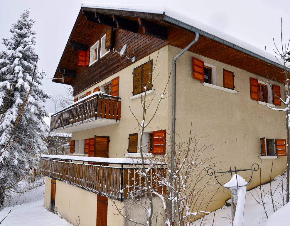 Holiday house, 200 square meters