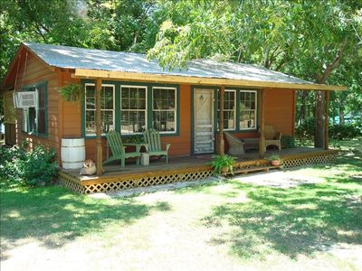 Pinewood Lake Cabin on Lake Dunlap, New Braunfels, TX