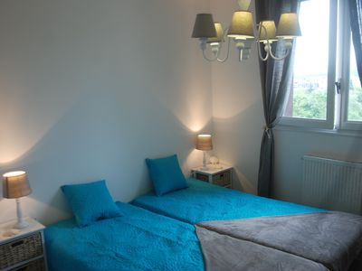Annecy - near old town and lake. T2 with view and parking