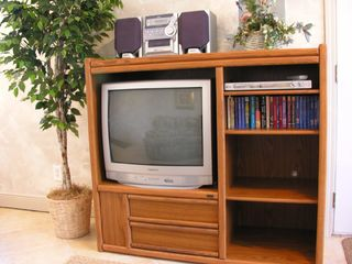 El Centro Beach cottage photo - Entertainment Center, 27in TV, DVD Player & Stereo
