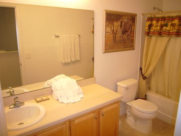 Bathroom 4 (2nd Floor)