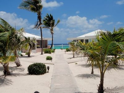 Grand Cayman condo rental - Entrance to Sea Lodges, cottage is on right