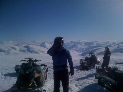 Snowmobiling the Pemberton Ice Cap via Rutherford Creek. Top of the World!